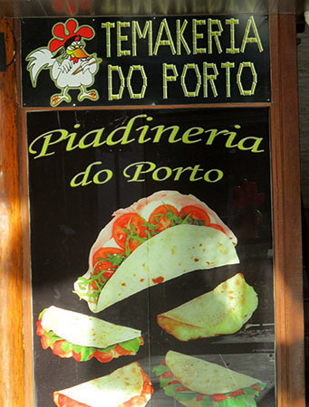Buffo ... Porto dr Galinhas ... Piadina rumagnola nel Pernambuco... (nella foto di copertina: Yogurt greco, limaos italiani degustati in O Brasil....