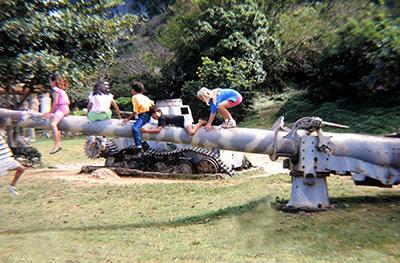 Cannone giapponese per i giochi dei bambini di Saipan ...