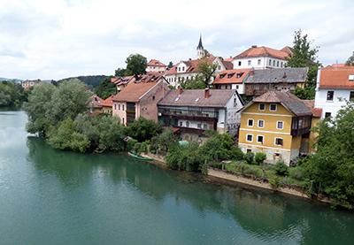 Slovenia, Novo Mesto, piccola e carina....