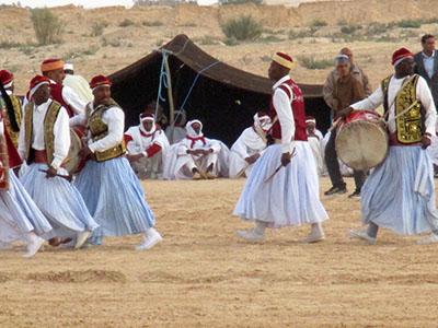 Tunisia festival deserto Douz rid