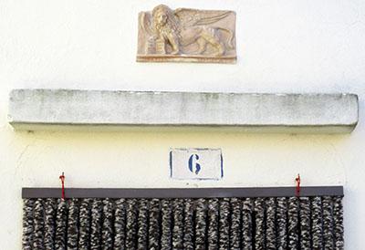 Ingresso di una casa a Malamocco (Lido)