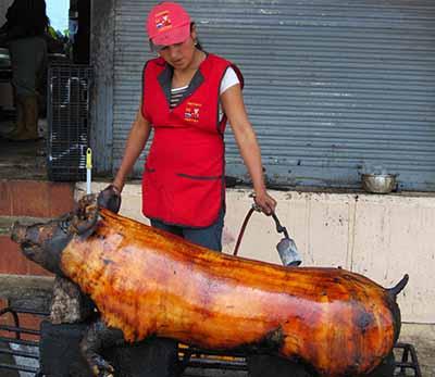 'Fritada' di maiale nell'Ecuador, gastronomia (molto) spicciola