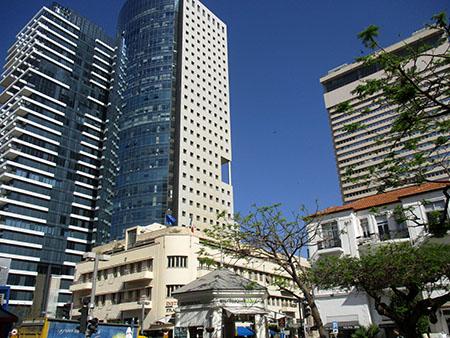 Tel Aviv di oggi e di ieri