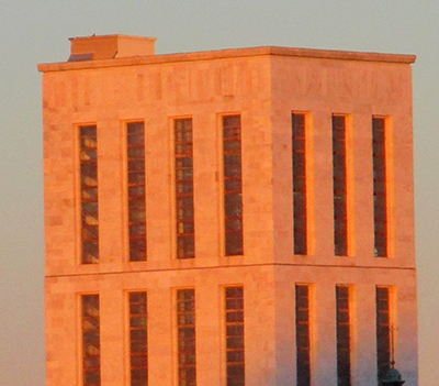Palazzo di giustizia al tramonto (fo, si spera non la giustizia...)rse il palazzo