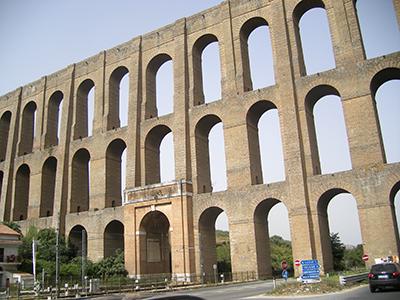 Acquedotto carolino a Maddaloni