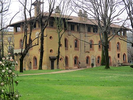 Milano Bicocca ... la meravigliosa Arcimbolda (fine '400 (Milanesi Fratelli Popol Mio... andate a visitarla)