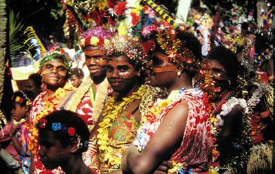 Donne in festa al villaggio
