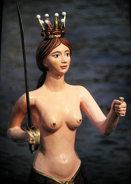 Beglio, lignea scultura nel palazzo di Gand in cui nacque Carlo V
