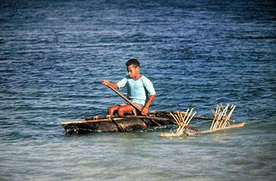 Isola Wanna .... ragazzino va a scuola
