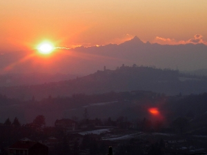 Murisengo,, tramonto e Monviso....