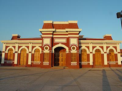 Granada, la stazione ferroviaria