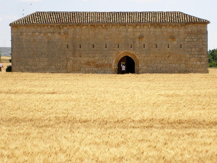 spagna camino - albergue puente fitero o ermita san nicolas a Itero del Castillo