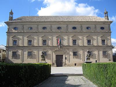 Ubeda, Ayuntamiento rinascimentale nella splendida piazza