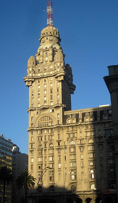 Montevideo, palazzo Salvo, 1925